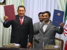 chavez-ahmadinejah-Fidel Ernesto Vásquez .jpg