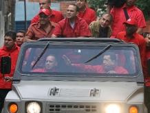 En petare con el Presidente-02-Fidel Ernesto Vásquez .jpg