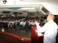 con estudiantes en la UBV-Fidel Ernesto Vásquez -01.jpg