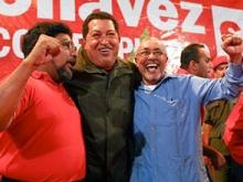 chavez-con-los-aliados-Fidel Ernesto Vásquez .jpg