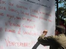 comandante-firmando-Fidel Ernesto Vásquez.jpg