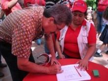 Recoleccion de firmas -Fidel Ernesto Vásquez