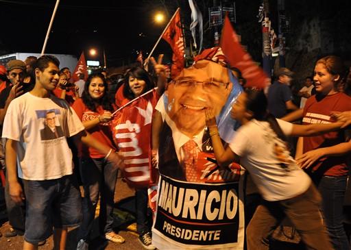 mauriciofunes02-fidelvasquez.jpg
