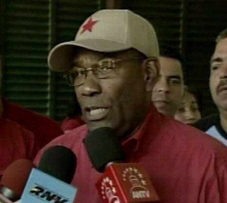 parlamentarismodecalle-fidelvasquez.jpg