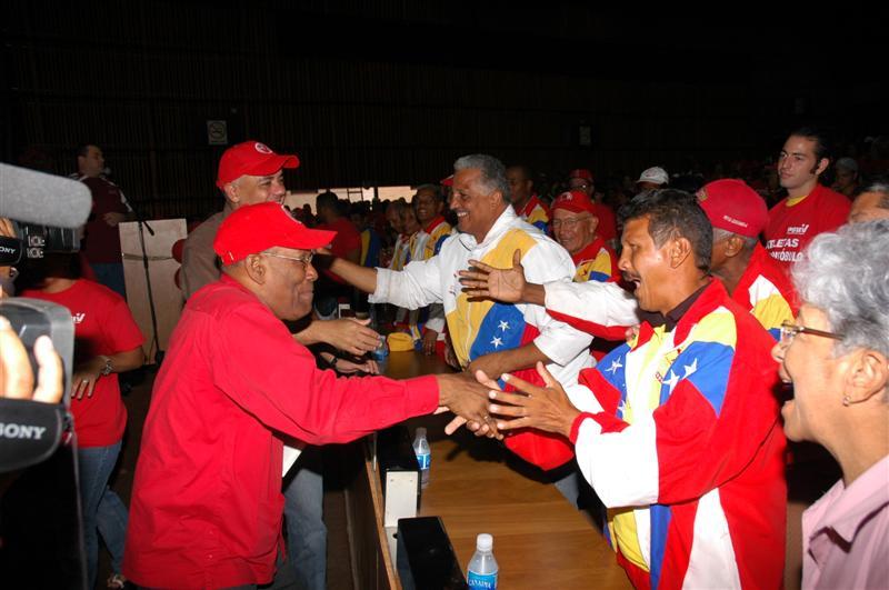 con-deportistas-02-fidelvasquez.jpg