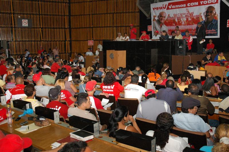 Sala Plenaria-03nov-01-fidelvasquez.jpg