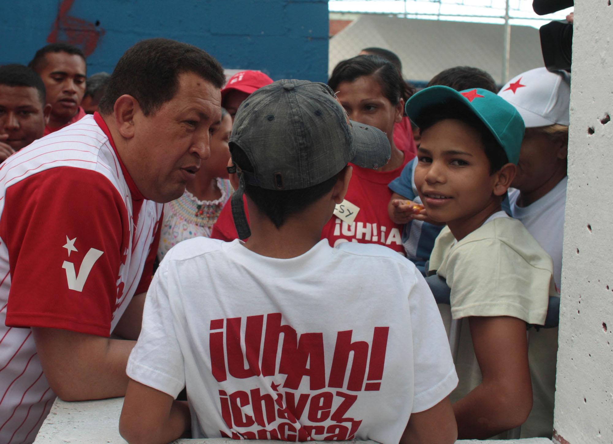 hugo-chavez-fidelvasquez.jpg