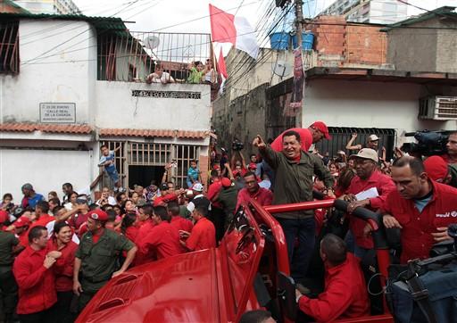 presidente chavez en el 23 de enero-fidelvasquez